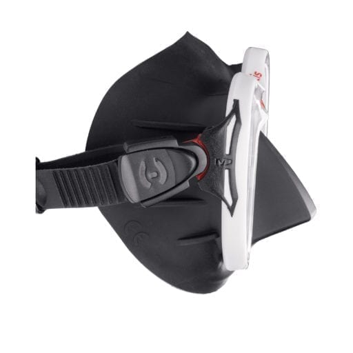 hollis-m3-mask-wh-side-view-buckle
